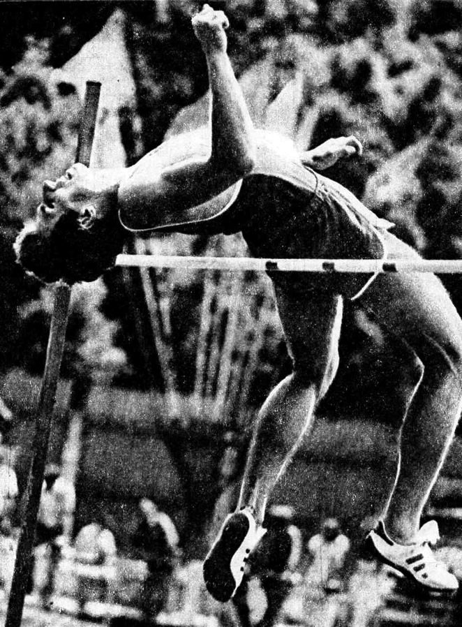 Александр Котович завоевал серебряную медаль на зимнем чемпионате Европы в Афинах