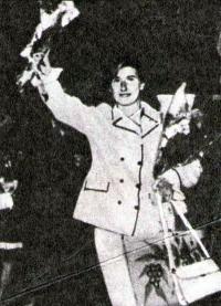 Лия Манолиу