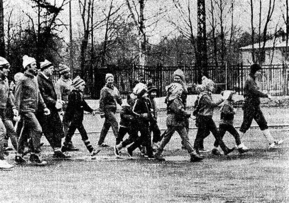 По воскресеньям члены КЛБ «Спартак» спешат на линейку