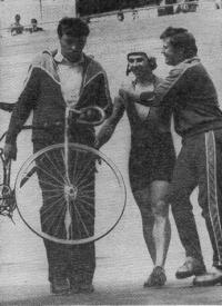 С. Копылов (в центре) бронзовый призер в спринте