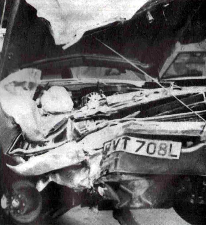 22 октября 1972 года. Автомобиль Бэнкса после страшной аварии