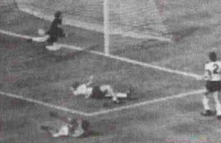Чемпионат мира — 66. Финал: Англия — ФРГ. Был ли гол?