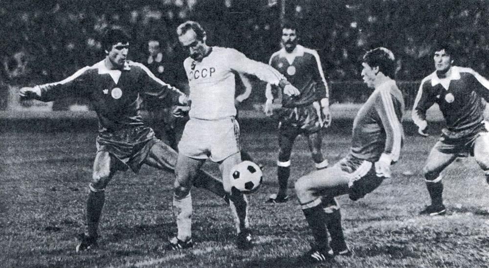 Форвард команды «Шахтер» и олимпийской сборной СССР Виктор Грачев