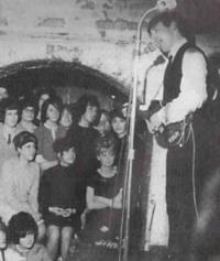 Начало 60-х. Ливерпуль. Клуб «Кэверн». Битломанию уже не остановить