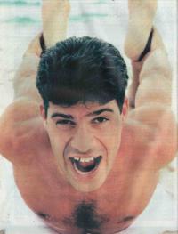 Тулио Умберто занимается гимнастикой