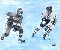 Хоккеист сборной СССР Александр Черных получил в Швеции свою вторую золотую медаль