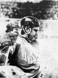 В составе сборной СССР готовится к Кубку Канады Алексей Касатонов