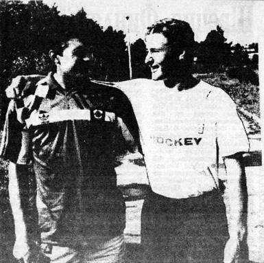 Вячеслав Буцаев (ЦСКА) и Алексей Ковалев (московское Динамо)